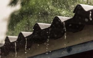 rumah_di_musim_hujan