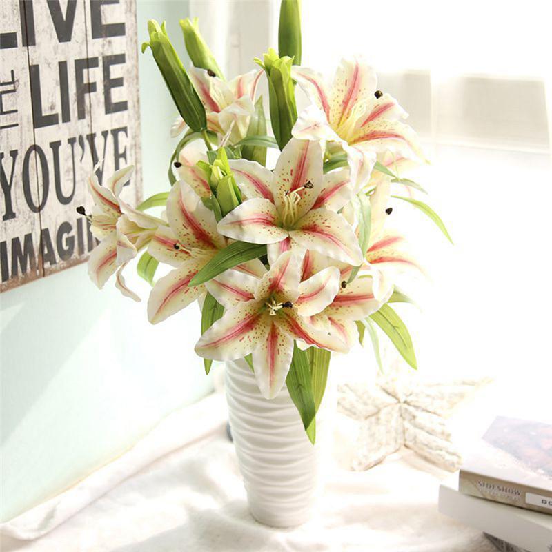 Bunga Lily (Sumber Gambar www.alicdn.com)