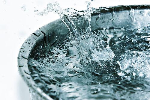 Menggunakan Air Dingin (Pemilihan Detergen (https://1.bp.blogspot.com)