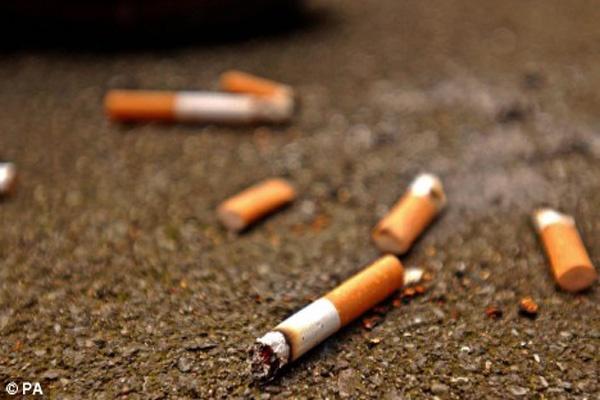 Putung Rokok Berserakan | satuharapan.com