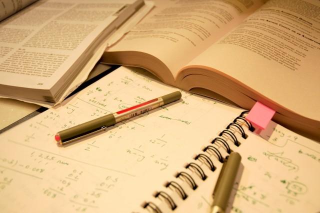 mencicil tugas kuliah sebelum menumpuk | http://www.papasemar.com