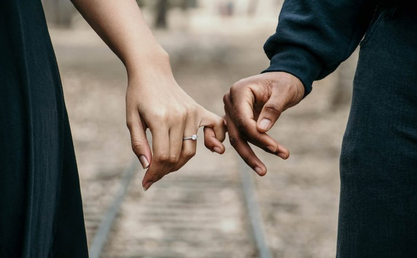 Tips Langgeng Buat Pasangan LDR | sumber: www.pexels.com