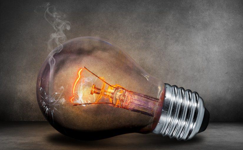 Tips Mencegah Korsleting Listrik dan Kebakaran | sumber: www.pexels.com