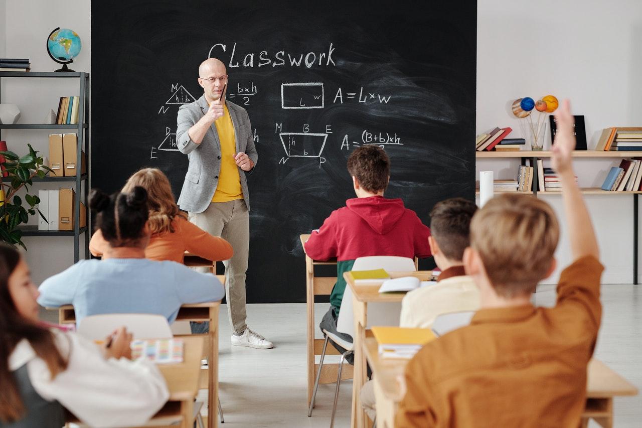 Contoh Surat Pernyataan Izin Tidak Masuk Sekolah Yang Baik dan Benar
