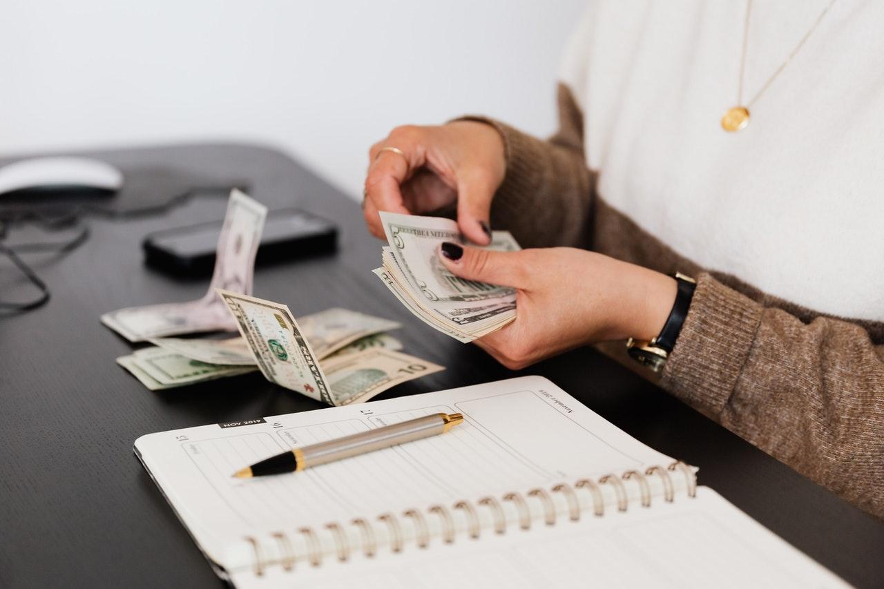 Apa Saja Keuntungan Bisnis Apartemen? Yuk Simak Disini