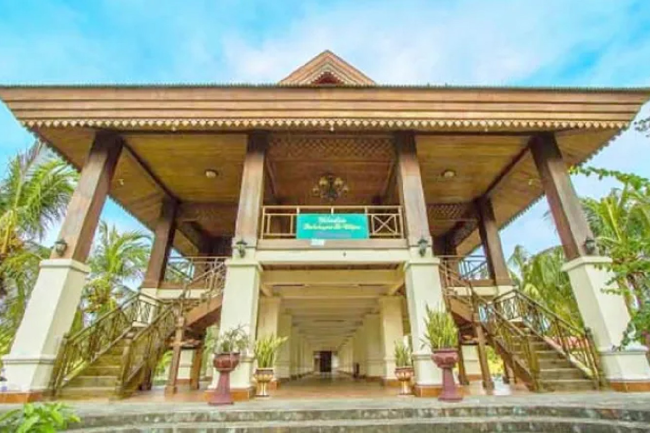 Nama dan Gambar Rumah Adat yang Ada di Indonesia