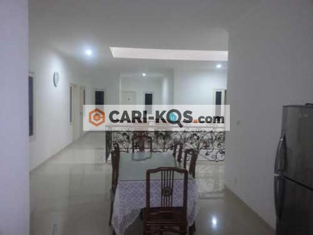 Casa Salemba - Dekat UPI TAI, Universitas GunDar, Rs St. Carolus dan FK UI