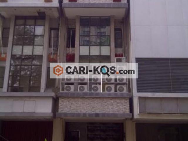 Atap Merah Residence - Dekat ITC Mangga Dua, Mall Grand Indonesia, Carrefour, RS Husada, dan Lap. Banteng