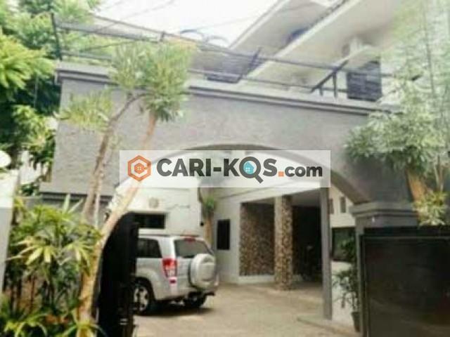 Rumah Ananda Jakarta Selatan - dekat area perkantoran sekitar gedung Arkadia