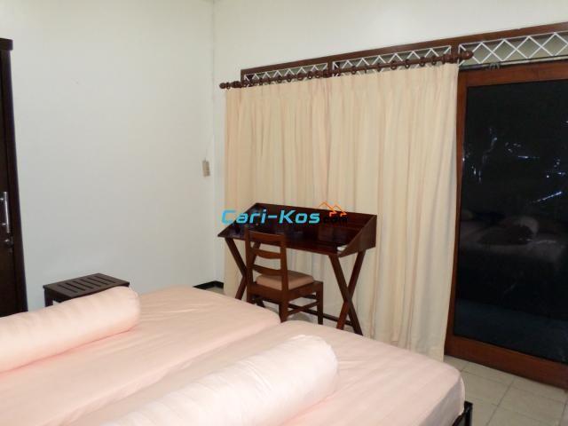 Kamar Kost Khusus Wanita, Pondok Indah, Jakarta Selatan
