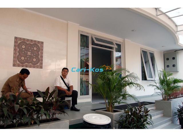 Kost untuk PRIA di Jl Pramuka Jayasari No 6 - Rawasari - Jakarta Pusat