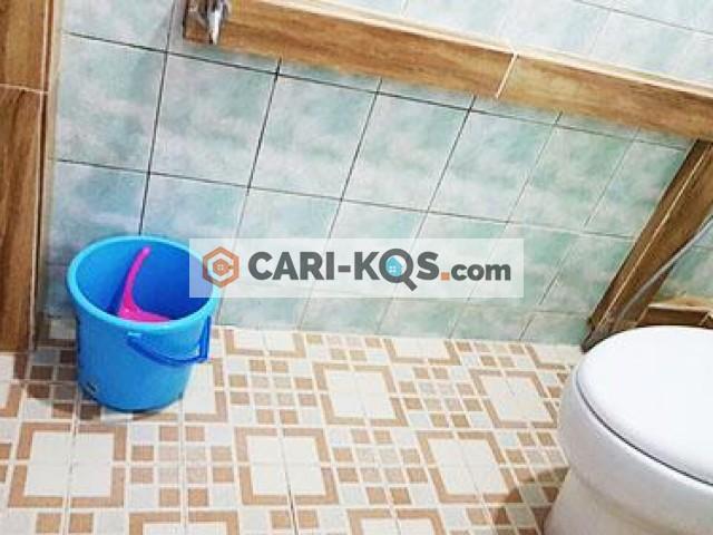 Kost Damai - Dekat Stasiun KA Juanda, RS Husada, Mangga Dua Square dan RedTop Hotel